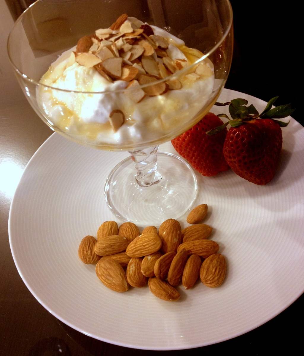 how to eat greek yogurt with honey